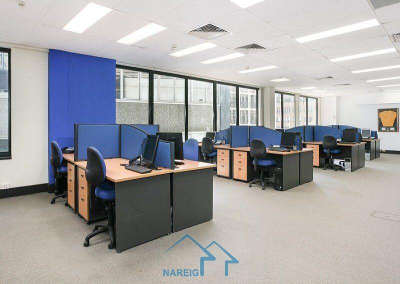 商用顶层办公室,带有高级屋顶露台!